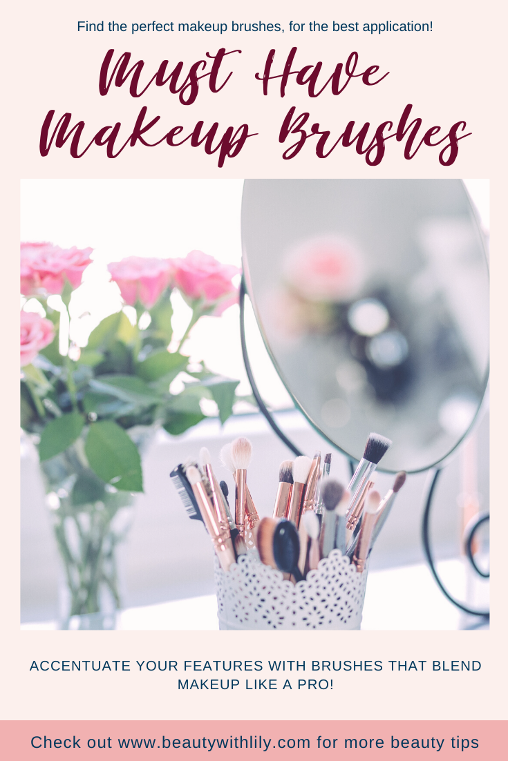 Essential Makeup Brushes // Must Have Makeup Brushes for Beginners // Affordable Makeup Brushes // Beauty Brush Guide // Best Makeup Brushes // Brushes for Eyeshadow // Brushes for Makeup // Makeup Brushes Guide // Makeup Brushes Set | Beauty With Lily