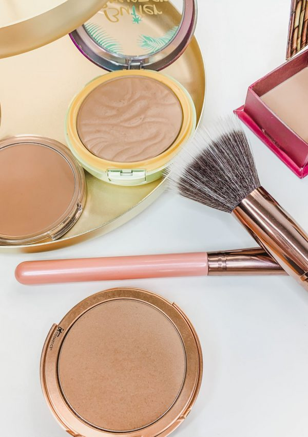 Ultimate Guide to Bronzer // How to Apply Bronzer // How to Contour // What is Bronzer? // Makeup 101 // Makeup Basics // Makeup for Beginners // How to Use Bronzing Powders // Best Bronzers | Beauty With Lily #makeup101 #makeupbasics